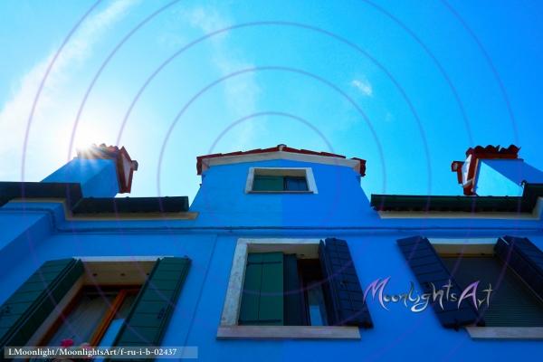 Sonne hinter dem Dach